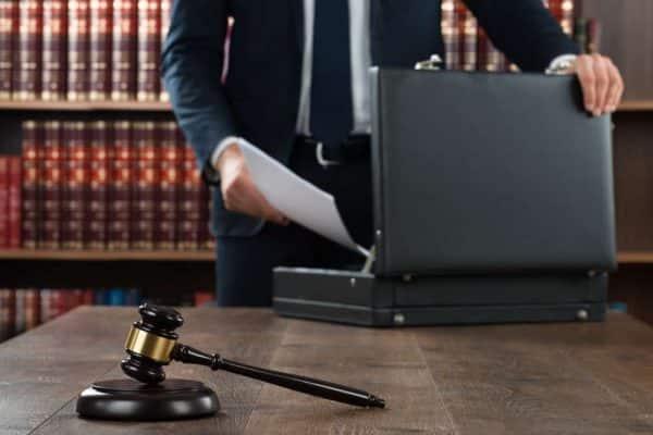 وکیل تعزیرات در مشهد